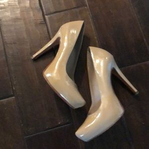 Also heels size 37 tan